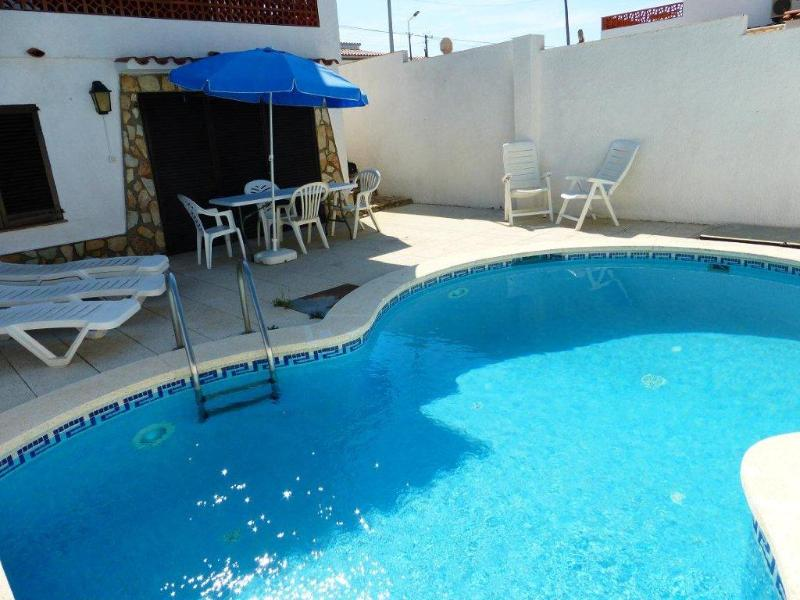 CASA SAGUER, vacation rental in L'Escala