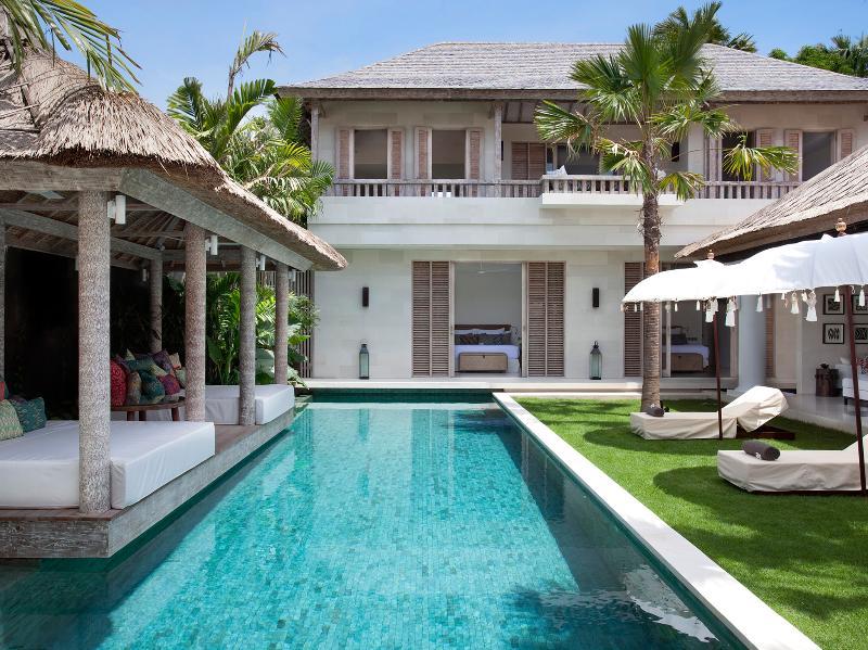 Villa Adasa - The pool