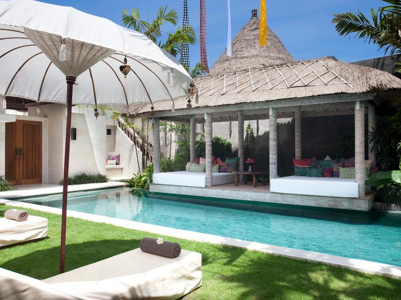 Villa Adasa - Pool side
