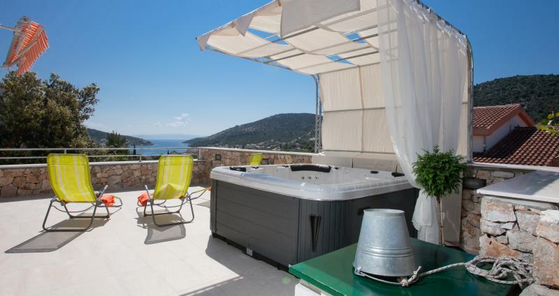 Villa Bilo idro, casa vacanza a Vinisce