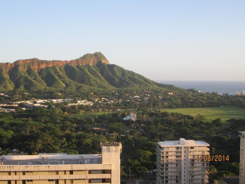 36th Floor View of Diamond Head Crater and Waikiki Beach - Pacific Ocean