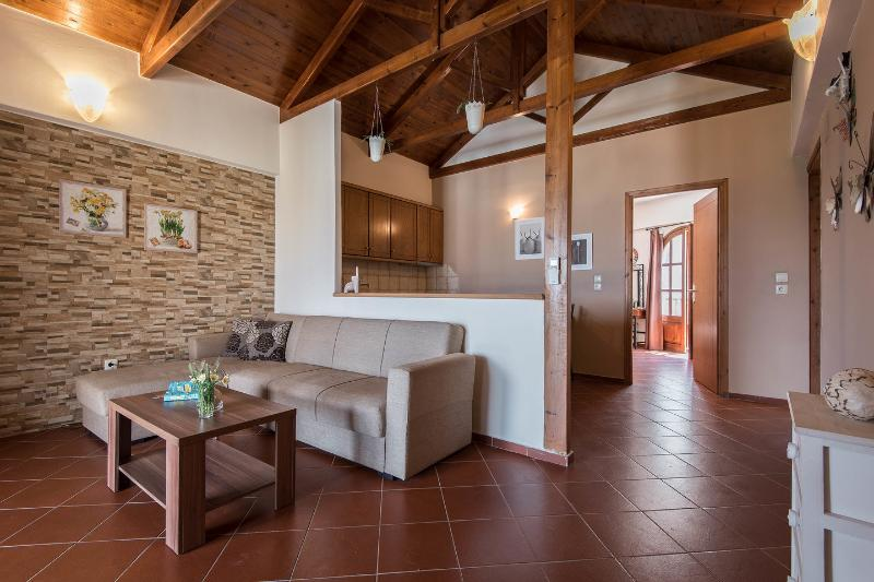 Castello Domus-Crete Residences, vacation rental in Panormos