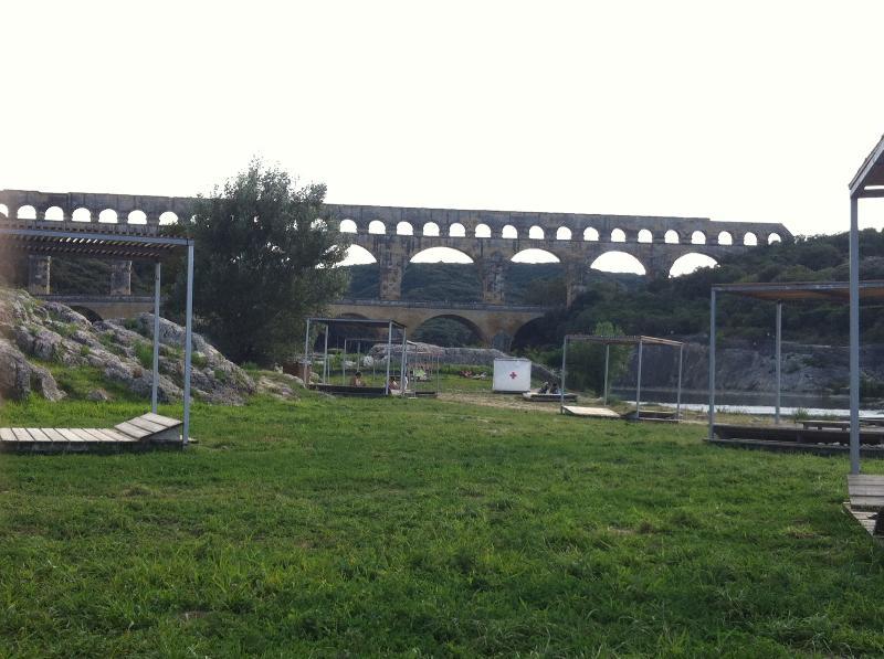 Pont du Gard à 30 minutes en voiture