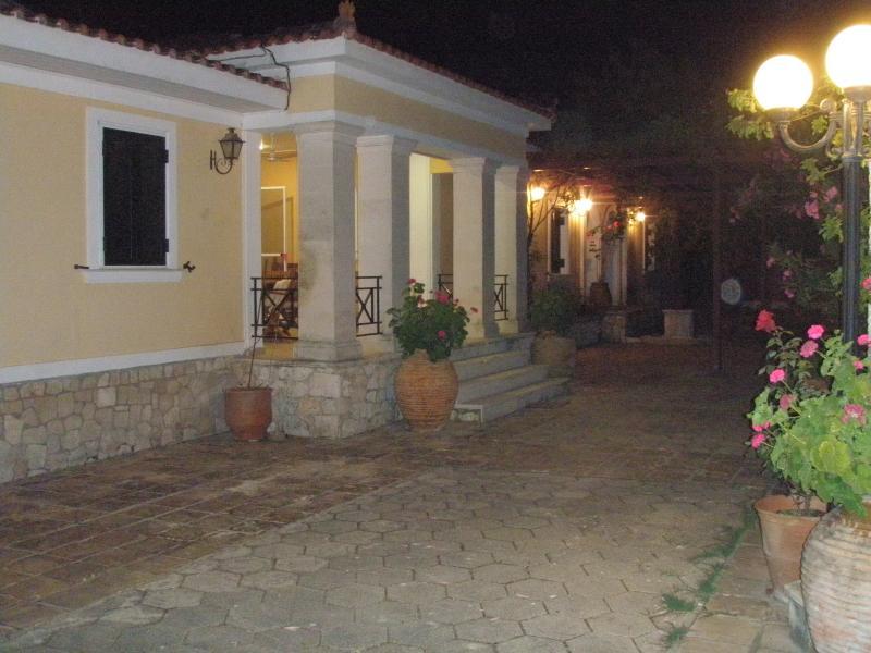 Villa Yiollanda night view