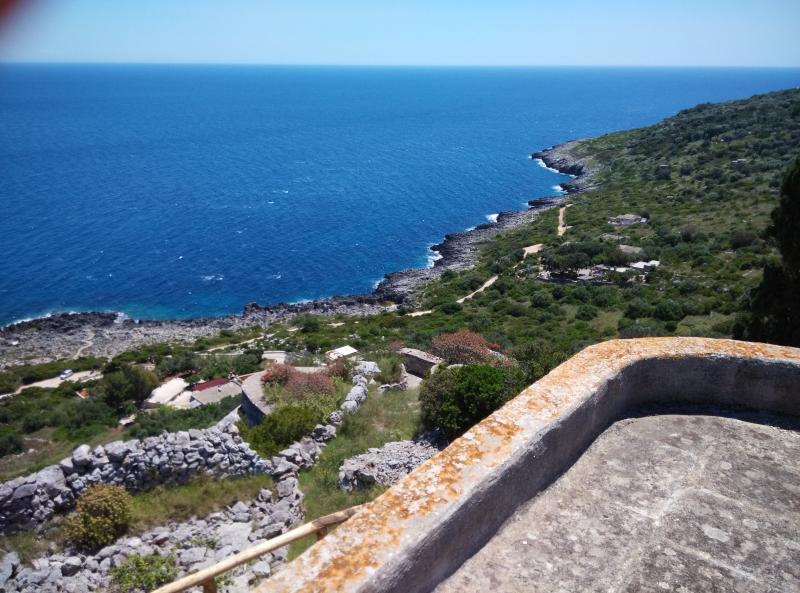 Affascinante villa a due passi dal Ciolo, holiday rental in Marina Serra