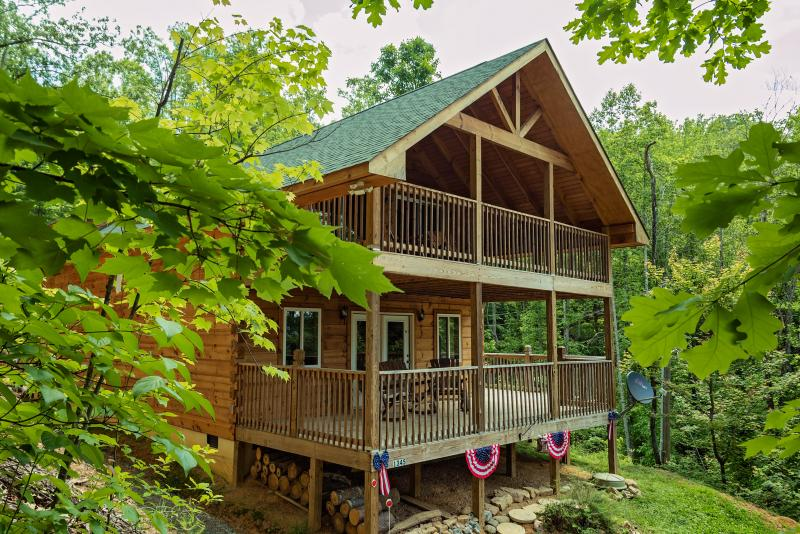 Welcome to the roomiest and most comfortable cabin in the mountains. Plenty of room for your family.