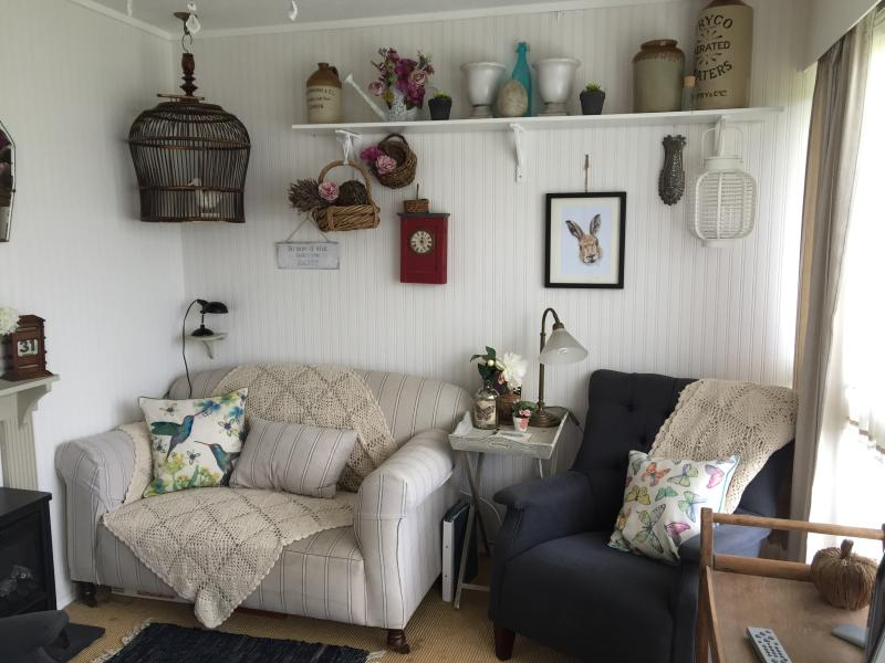 Traditional 1960s Holiday Chalet near the beach..., holiday rental in Heacham