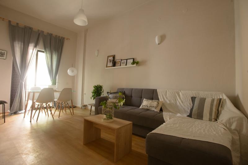 chic and cheap city apartment, aluguéis de temporada em Heraklion