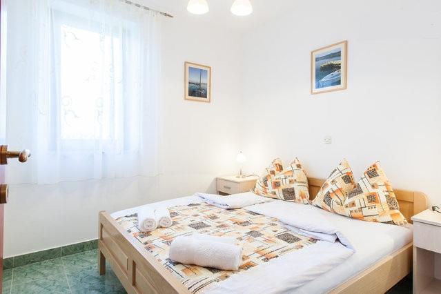 Apartments Mia(Ap4)-island Molat, casa vacanza a Molat Island