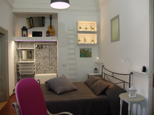1 recensioni e 39 foto per Holiday House in Catania - YOUR HOME IN ...
