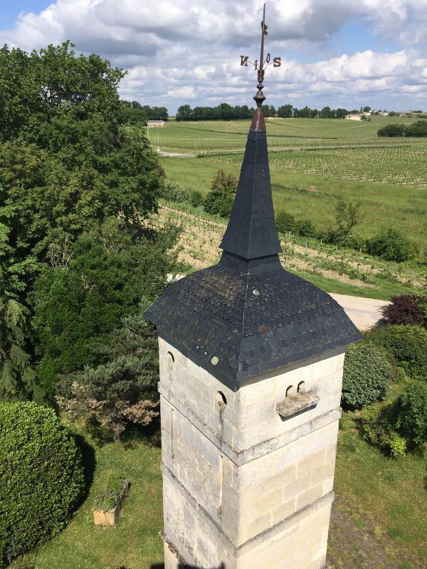 pigeonnier du 18e au château Pey-Bonhomme