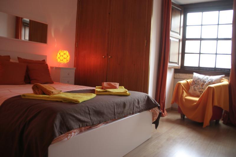 Charming Apartment in Alfama, Lisbon, vacation rental in Barreiro
