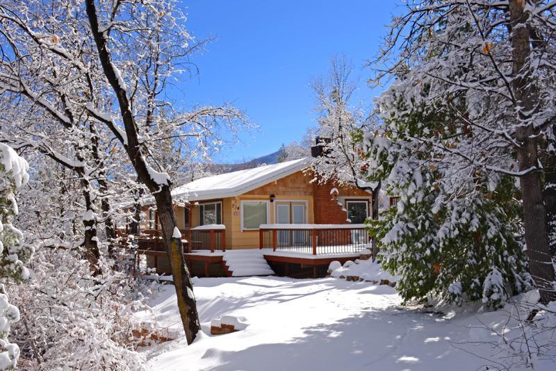 romantic cabin in woodsy area 2 miles from skiing tripadvisor rh tripadvisor co nz