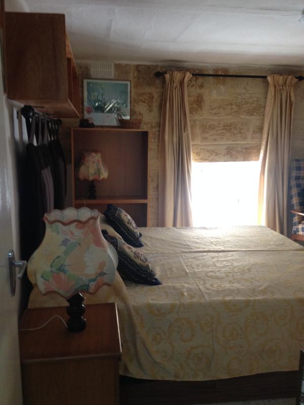 sliema room rent malta has wi fi and internet access updated 2019 rh tripadvisor com