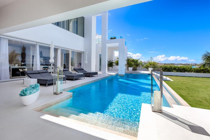 The Beach House - Anguilla, vakantiewoning in West End Village