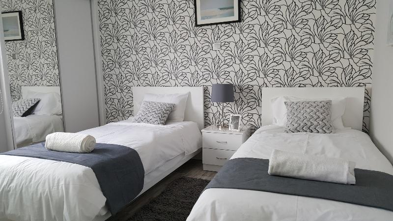 Luxury 2 bedroom apartment in Kato Paphos, holiday rental in Acheleia