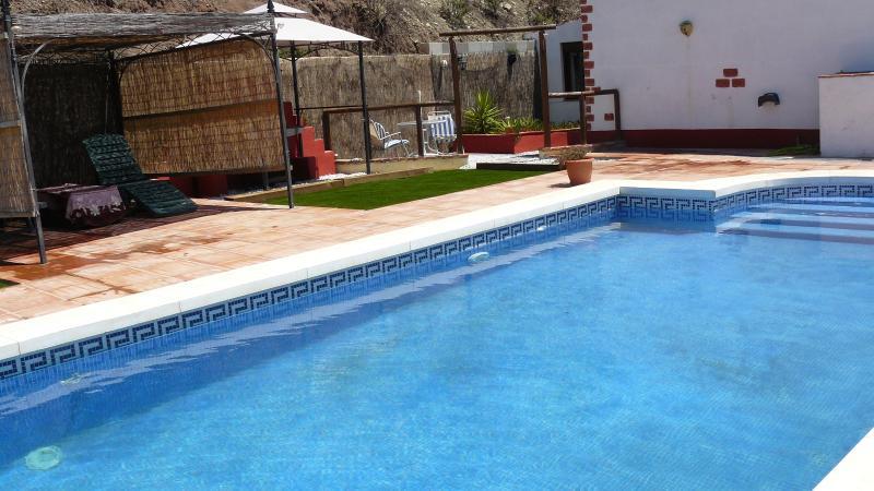 Pool. Gazebo, BBQ and private entrance