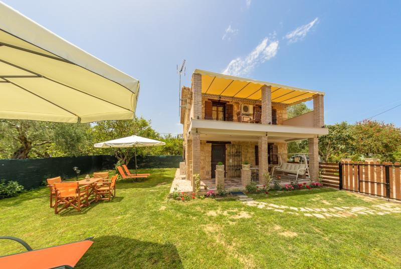 Artemis Luxury Villa, vacation rental in Kypseli
