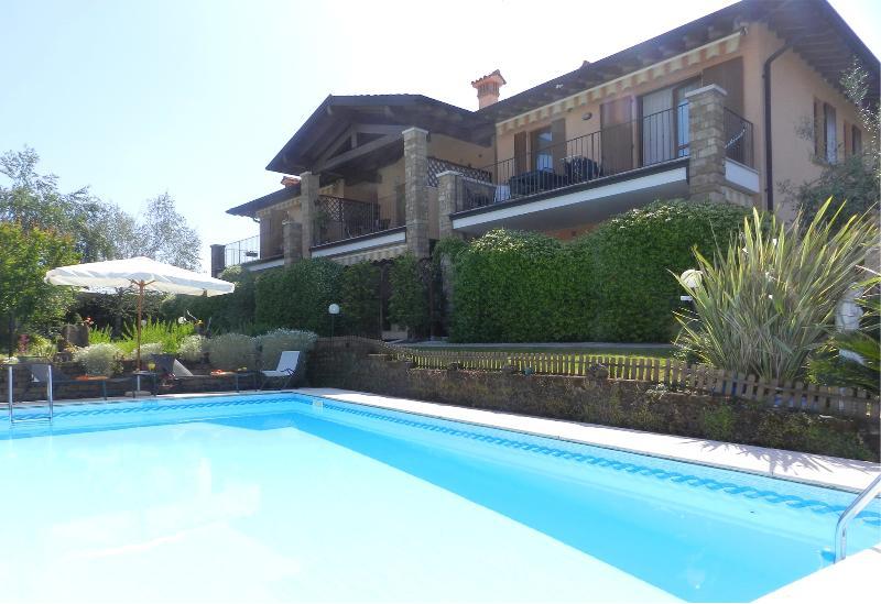 residence villa maura