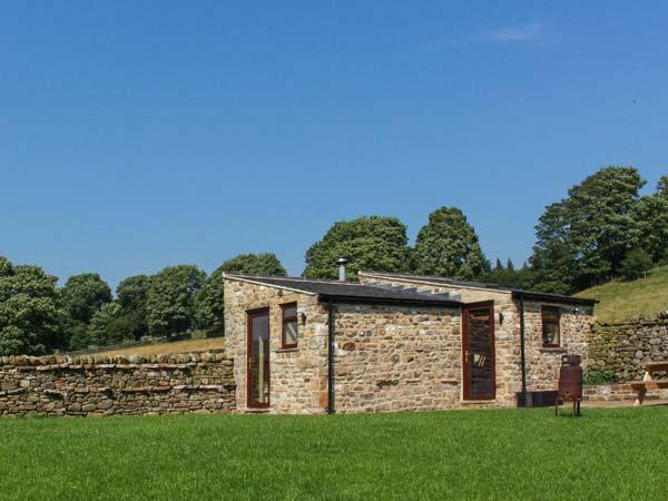 SHEPHERDS COTTAGE detached, all ground floor, woodburning stove, close to, location de vacances à Mickleton