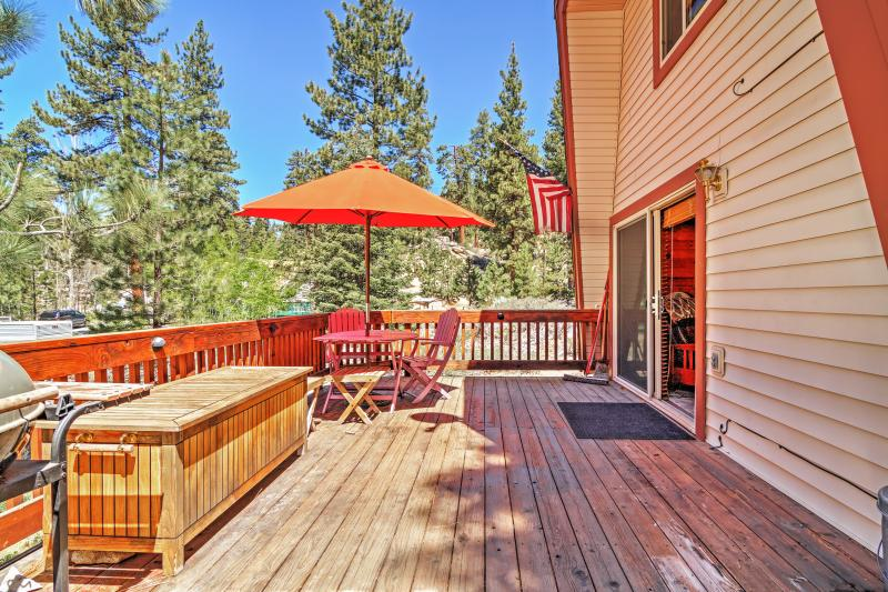 Have the ultimate Big Bear getaway at this Fawnskin vacation rental cabin!