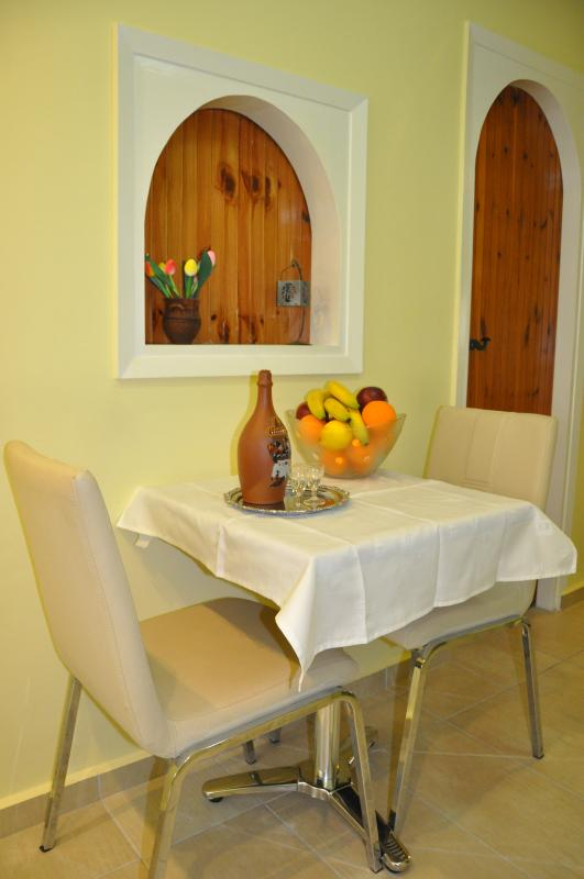 A welcome drink and fresh fruits are expecting you. Enjoy your stay!