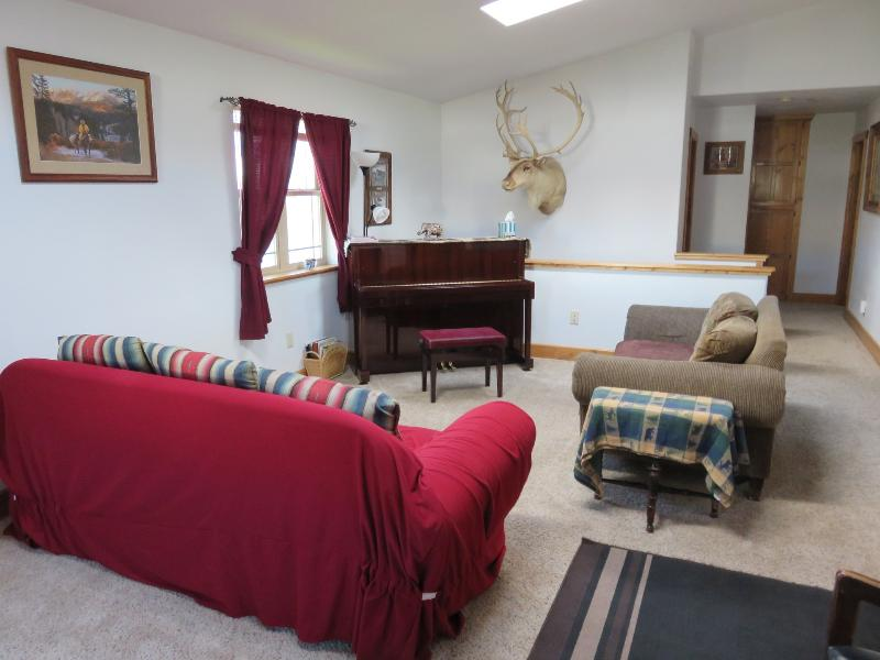 quaint country mission home near the wind river updated 2019 dubois vacation rental. Black Bedroom Furniture Sets. Home Design Ideas