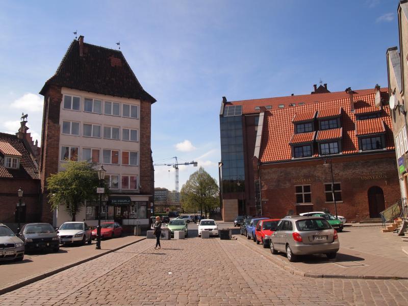 In front of the Elegant apartment OldTown Gdansk - beginnig of Ogarna street - May 2016
