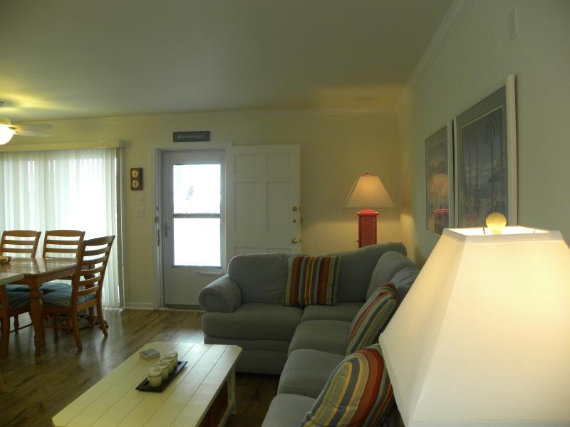 Ocean block 2 bedroom newly renovated condo north updated - 2 bedroom suites in ocean city md ...