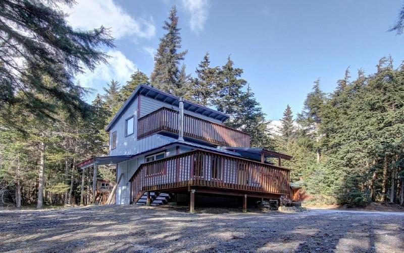 Cozy Private Cabin With Girdwood Charm Has Wi Fi And