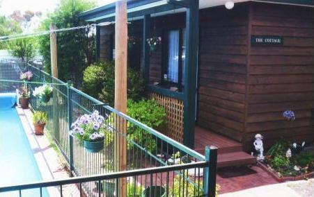 Jay - Jay's Cottage, location de vacances à Frankston