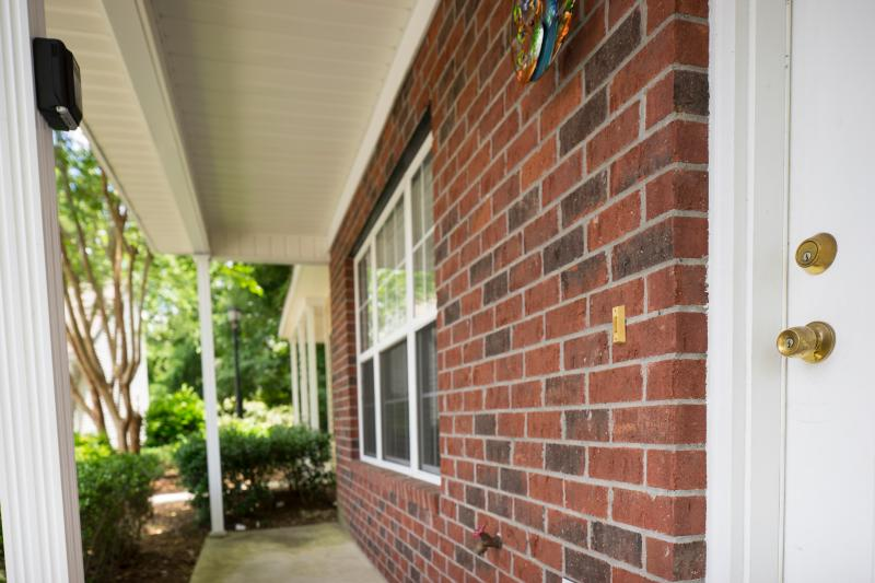 Lovely 2 Bedroom Townhome Shadow Has Grill And Central Heating Updated 2019 North