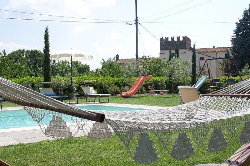 Sant'Angiolo Holiday Home Sleeps 7 with Pool and Air Con - 5229033, holiday rental in Montalla