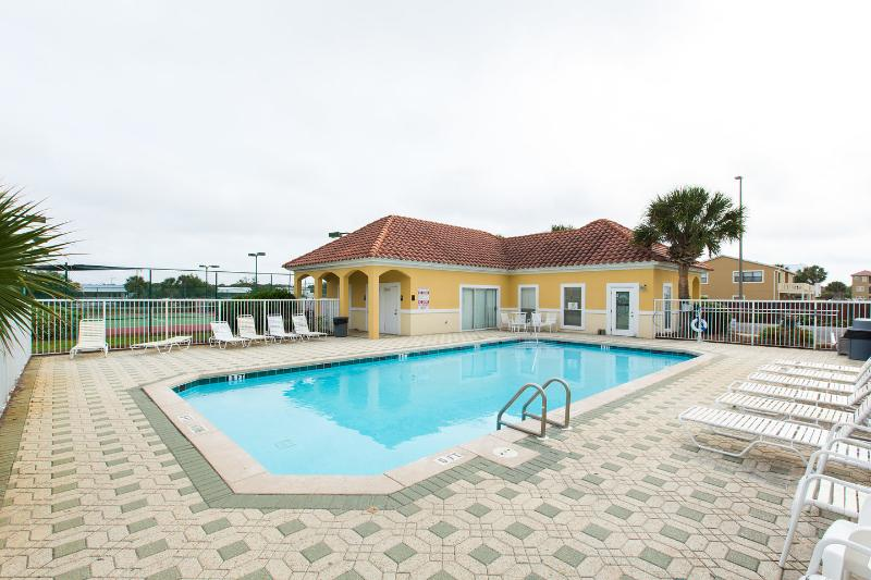 STEPS FROM PVT ENTRY BEACH/2BR/2BA updated, vacation rental in Miramar Beach