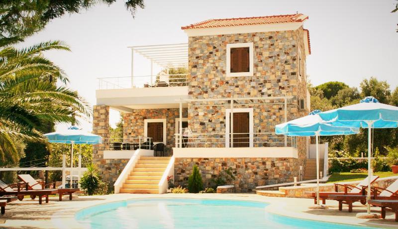 Sellados Beach Villas, location de vacances à Agios Isidoros