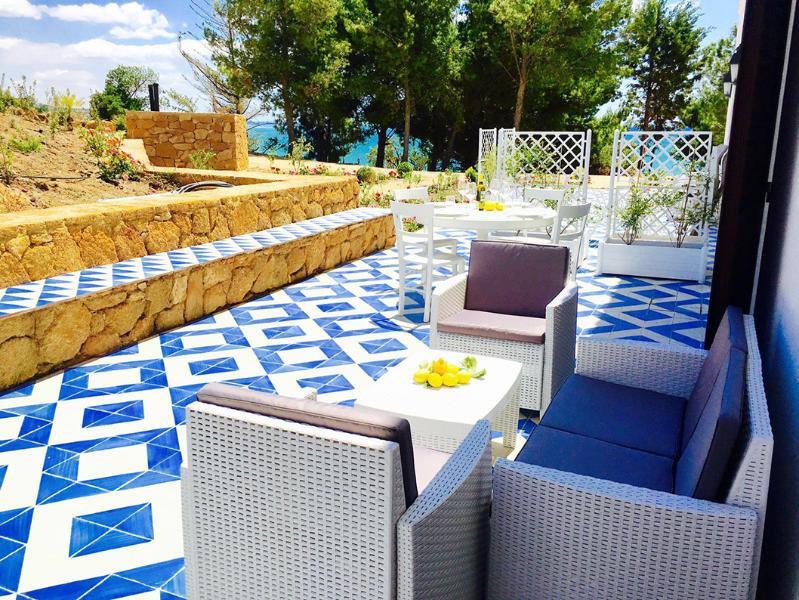 AMARY by KlabHouse-4pax w/AC terrace-walk2beach, alquiler vacacional en San Giorgio