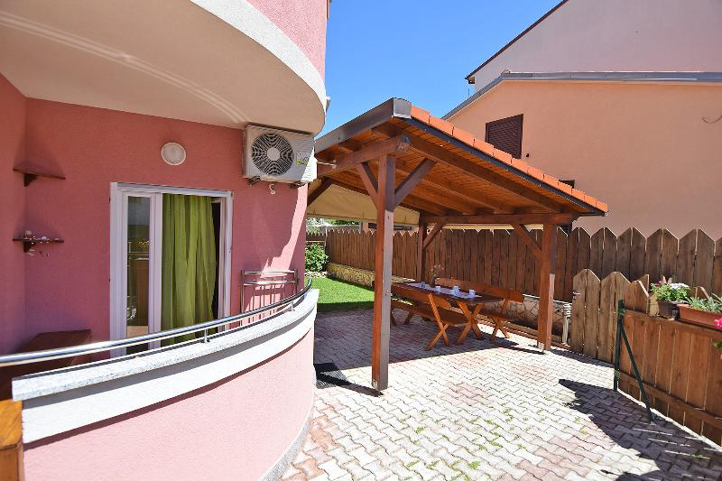 terace and garden with barbecue