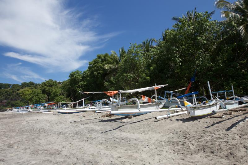 Virgen Beach 10 car minutes from bungalow