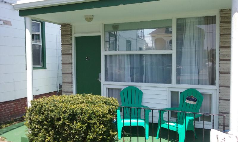 M-1-Affordable Efficiency close to beach free WiFi, vacation rental in Wildwood