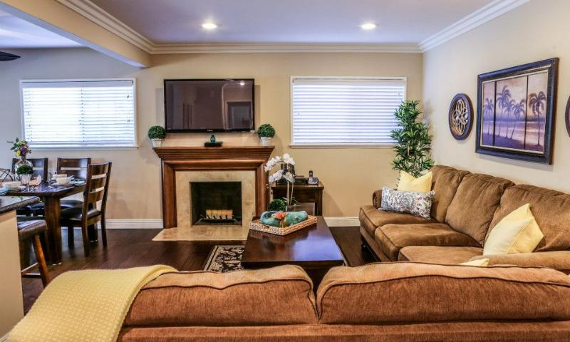 Destination #19, vacation rental in Placentia