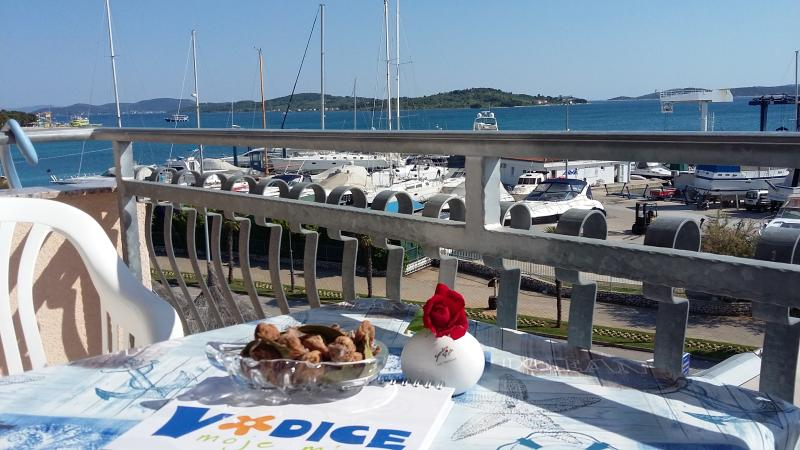 Marvelous Apartment with Panoramic Sea View, holiday rental in Vodice