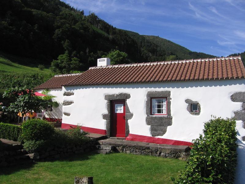 Casa das Alvéolas, vacation rental in Agua Retorta