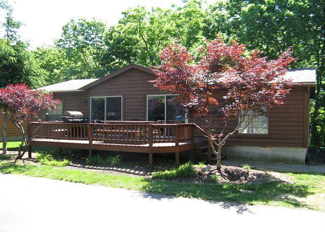 Bring up to 10 People and Enjoy an Expanded 3 BR 2 BA Home in Island Club, vacation rental in Put in Bay