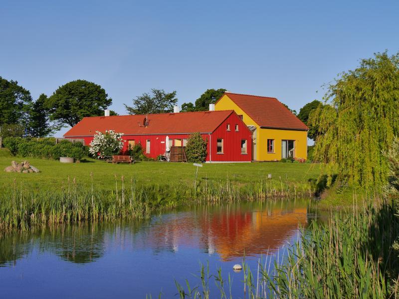 Das Haus am Teich