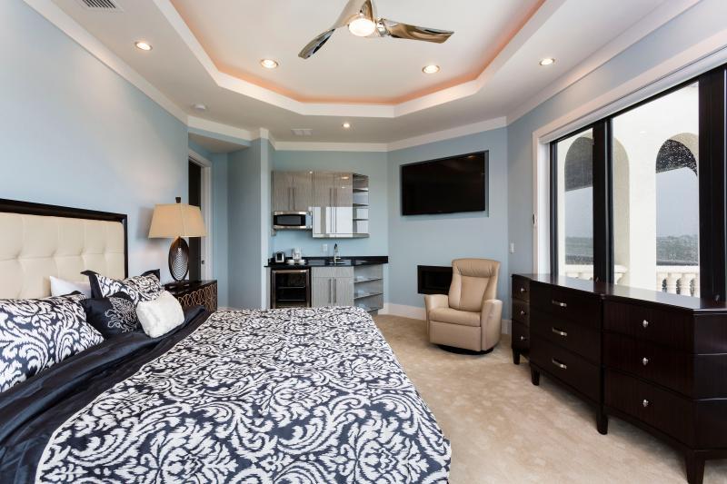 The golden bear updated 2019 10 bedroom villa in orlando - 10 bedroom vacation rentals orlando florida ...