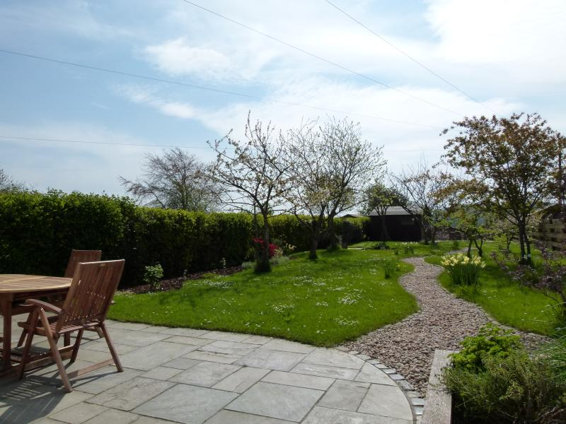Leitholm Cottage:  super 3 bedroom self-catering cottage in the Scottish Borders, vacation rental in Heiton