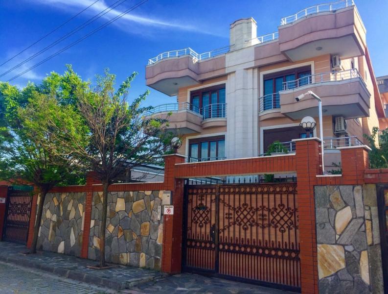 Asfar villa (5 bed rooms) V 3, holiday rental in Gebze