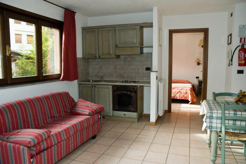 BILOCALE - Villa Frejus, vacation rental in Bardonecchia