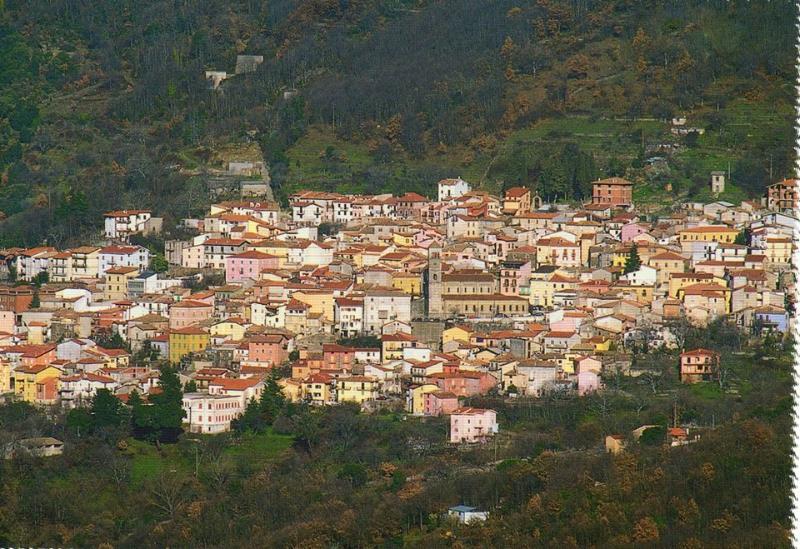 Perfect apartament for happy days, vacation rental in Serri