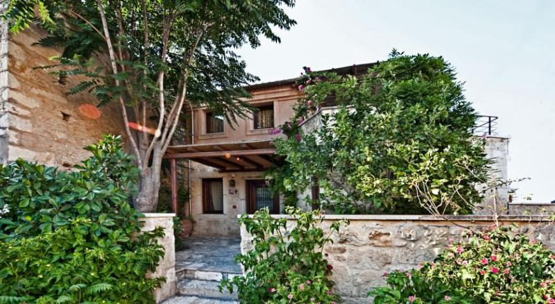 Traditional House Avra  in Archanes, vacation rental in Katalagari
